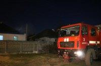 В АНД районе загорелась летняя кухня: существовала угроза перехода огня на жилой дом