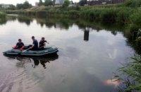 В Подгороднем из реки достали тело мужчины (ФОТО)