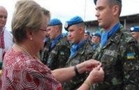 Украинских миротворцев в Либерии наградили медалями ООН
