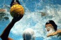 В Днепродзержинске стартовал чемпионат по водному поло