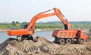 Прокуратура области приостановила незаконную добычу и реализацию песка в Днепропетровске