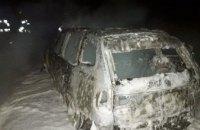 В Днепре ночью сгорели два автомобиля