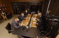 Мэр Днепра Борис Филатов обсудил с послом Франции в Украине Этьеном де Понсеном перспективы экономического сотрудничества