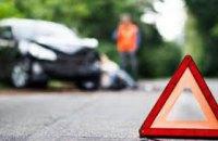 В Днепре водитель сбил 19-летнего парня: пострадавший госпитализирован в тяжелом состоянии