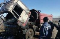 На Днепропетровщине на ходу вспыхнул грузовик (ФОТО)