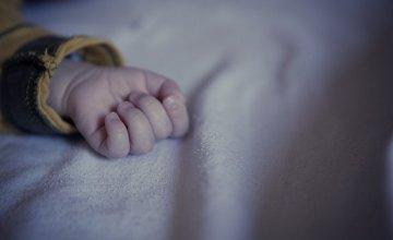 В Днепре полугодовалый малыш умер от удушья полиэтиленовым пакетом
