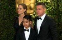 Анджелина Джоли получила почетный Оскар за гуманитарную деятельность