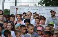 Инициатива Геннадия Гуфмана «Дворовые спортивные игры» снова на Тополе. Узнай, когда и где