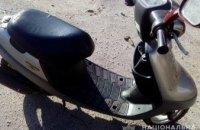 На Днепропетровщине парень украл у односельчанина скутер и продал за 3,7 тыс. грн