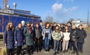 Школьники Днепроперовщины посетили экскурсию по Павлоградскому химическому заводу (ФОТО)