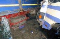 В Харьковской области в ДТП попал пассажирский автобус, есть жертвы (ФОТО)