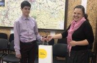 Школьники и ДТЭК Днепровские электросети вместе сохраняют белых аистов