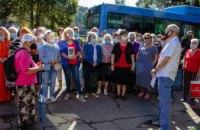 У Дніпрі слухачі «Університету третього віку» під час екскурсії відвідали трамвайне депо