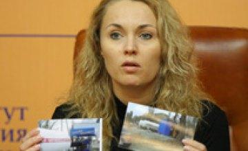 23 февраля нужно сделать государственным праздником и выходным днем, - Виктория Шилова