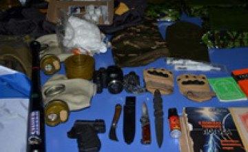 Украинские пограничники задержали россиянина с ракетницами и таблицами радиопозывных