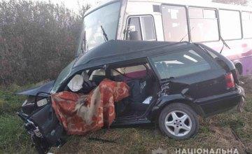 На Львовщине произошло ДТП с участием пассажирского автобуса: есть жертвы (ФОТО)