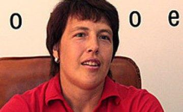 Призерка Олимпиады Елена Антонова и ее тренер получили стипендии Президента