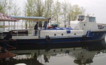 К майским праздникам по Днепру начнут курсировать прогулочные катера