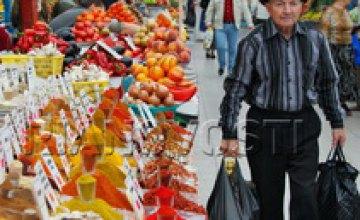Подарок ко Дню торговли – в Днепропетровске снесено более 400 незаконных киосков