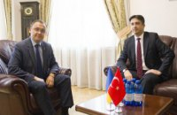 Украина и Турция начинают переговоры о возобновлении авиарейсов и туризма
