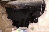 На Днепропетровщине неизвестные украли автомобильные колеса прямо из гаража