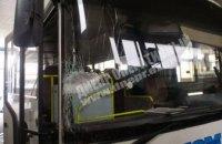 В Днепре водитель пассажирского автобуса протаранил стену СТО