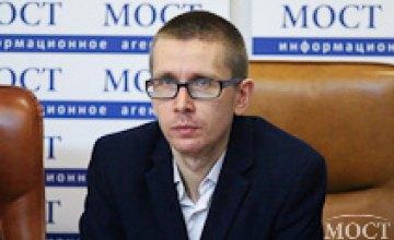 Власти могут воспользоваться низкой явкой на 27-м округе для фальсификации результатов выборов, - Николай Спиридонов