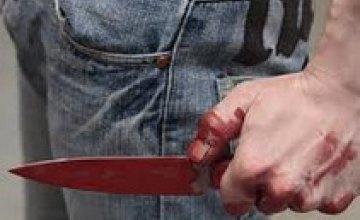 В Запорожской области пенсионер во время пьянки ударил ножом своего внука