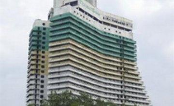 В 2012 году строительство гостиницы «Парус» должно возобновиться