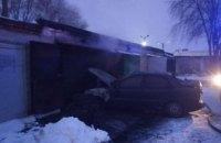 В Каменском в результате пожара в гараже, пострадал мужчина