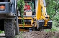 ДнепрОГА капитально ремонтирует сельскую дорогу, за которую никто не брался десятилетиями