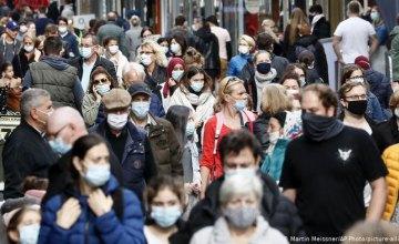 За последние сутки прирост заболевших коронавирусом составил 7342