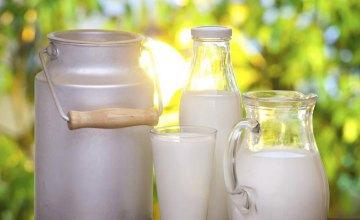 Молоко вредит здоровью взрослых людей, - ученые