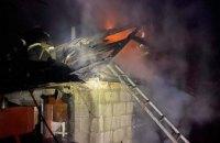 Спасатели Каменского района ликвидировали возгорание в хозпостройке частного сектора