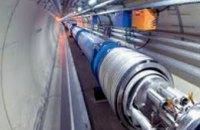 Студенты ДНУ и швейцарские ученые обсудили деятельность адронного коллайдера
