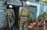 В Каменском загорелся гараж: спасатели предупредили распространение огня на соседние сооружения