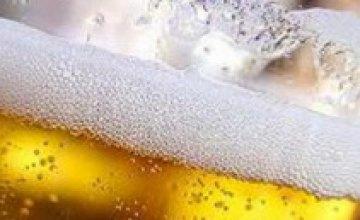 Пить пиво на украинских стадионах может разрешить только УЕФА