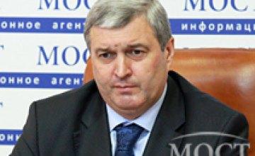 Мы оформляем загранпаспорта и гражданам Крыма, - Анатолий Бабец