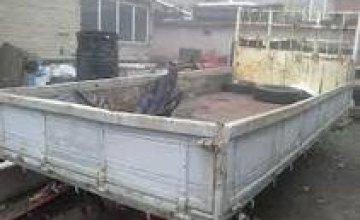 По просьбе знакомой мужчина пытался вывезти с территории ГП «Приднепровская железная дорога» стройматериалы
