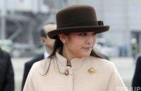Принцесса Японии отречется от титула ради брака с однокурсником