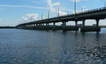 12 сентября в Днепропетровске перекроют мост и центр города