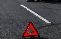 В Днепре автомобиль патрульных врезался в минивэн