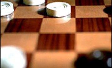 В 1 матче за звание чемпионки мира по международным шашкам победила украинка
