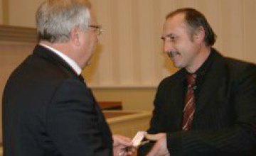 Председатели сельских и поселковых советов Днепропетровской области получили новые автомобили