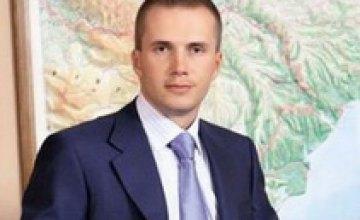 Сын Януковича хочет купить «5 канал»