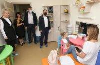 «Хорошо дома»: депутаты облсовета посетили уникальный социальный Центр (ВИДЕО)