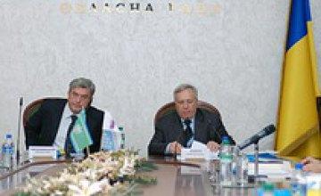 Днепропетровская и Черновицкая области подписали договор о сотрудничестве