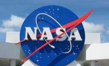 NASA из космоса засняло удивительную «страну льдов» (ФОТО)