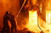 В Киеве в подъезде многоэтажки на Оболони произошел взрыв