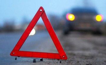 В Запорожье пьяный парень на иномарке сбил трех женщин на переходе (ВИДЕО)